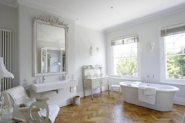beautiful-white-shabby-chic-interior-bathroom-design-ideas-83520