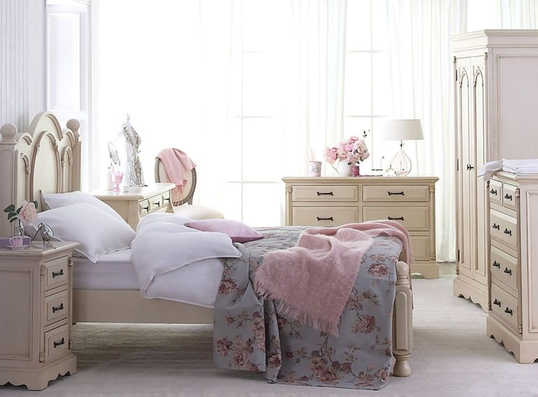 Cute Looking Shabby Chic Bedroom Ideas: INVERSE ARCHITECTURE