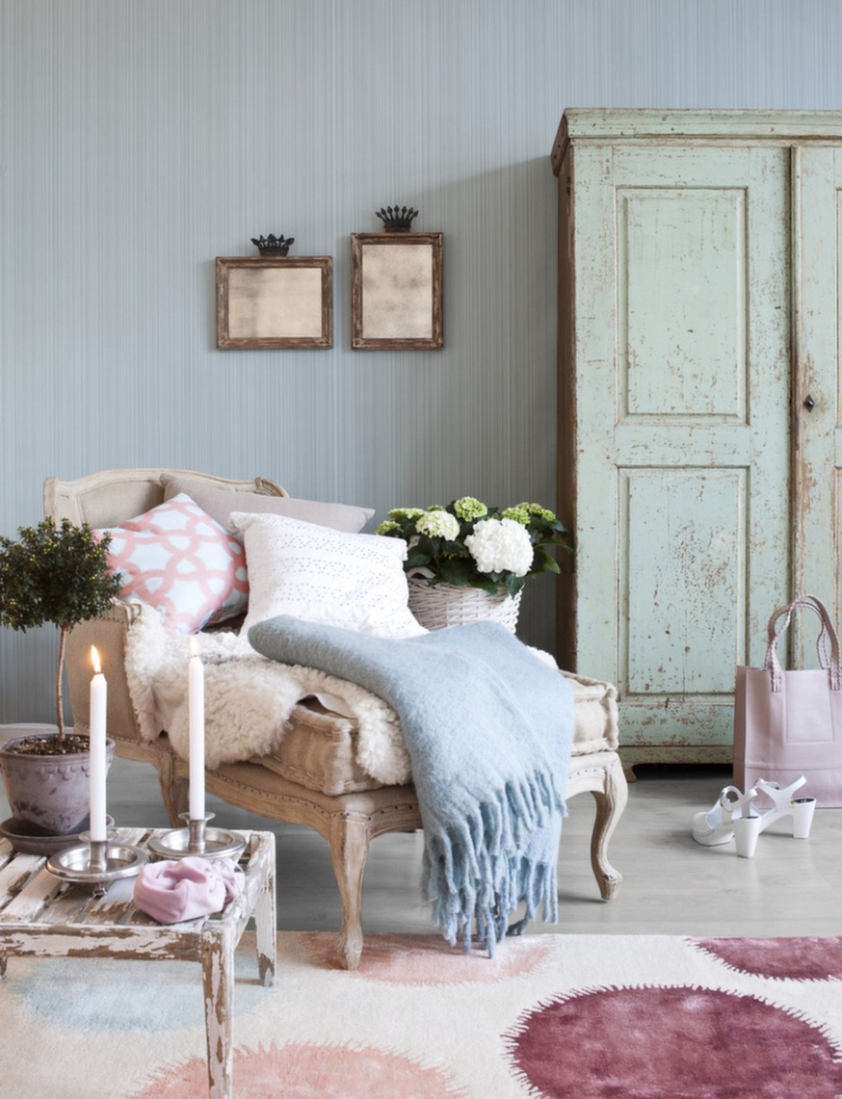 Shabby-Chic-Interior-Furniture-Decorations