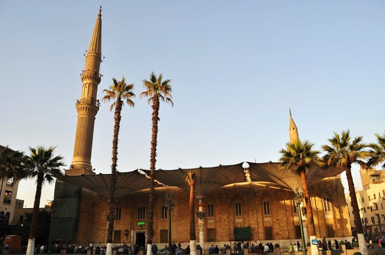 Hussein 3-Hussein Mosque and its ottoman style minaret
